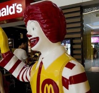 Vendas do McDonald's em outubro caem menos que o esperado