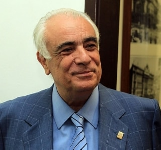 Ex-senador, Antonio Carlos Rodrigues reassume vaga na Câmara Municipal