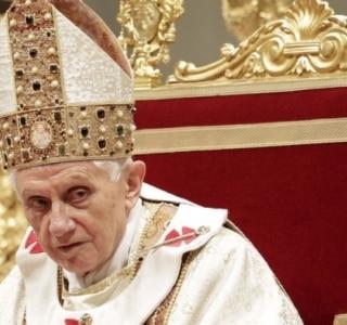 Ex-papa Bento 16 aparecerá em evento do Vaticano para idosos