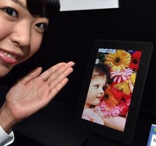 Sharp busca começar produção em massa de nova geração de telas até 2017