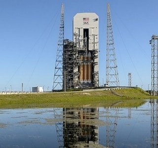 Nasa lança cápsula para preparar viagens tripuladas ao espaço