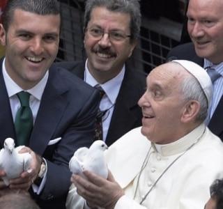 Papa e líderes religiosos prometem combater escravidão moderna