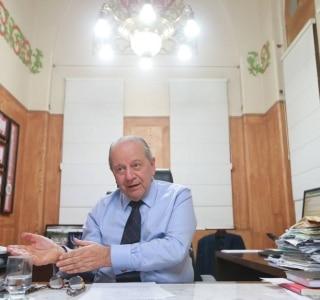 Em documento, funcionários da Santa Casa de SP pedem renúncia do provedor
