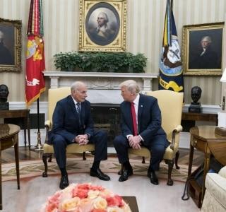 Trump empossa general como chefe de gabinete para trazer 'disciplina' à Casa Branca