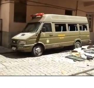 Rio Grande do Sul descarta uso de micro-ônibus para presos