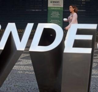 BNDES quer arrecadar R$ 10 bi com venda de participações em empresas