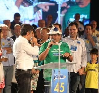 Autor de jingle de Lula pede  perdão  - Política - Estadão 8a1ca1767a8