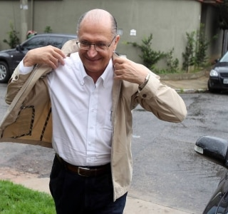 Alckmin pede a prefeitos para multar quem desperdiçar água