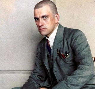 Alexandre Rodchencko/Colorizado por Klimbim