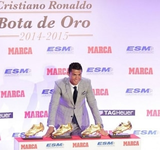 e899a3806a Cristiano Ronaldo recebe sua 4ª Chuteira de Ouro   Quero mais ...