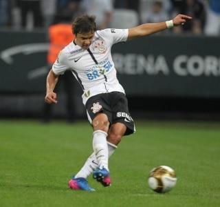 8fd52808cb Felipe Rau Estadão Corinthians firmou três contratos pontuais de patrocinio  ...
