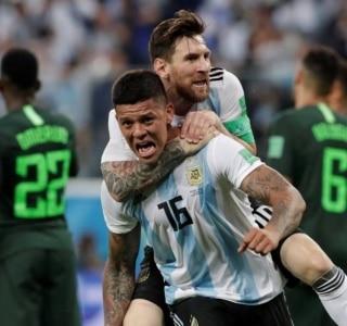 c9f82e6300 Argentina bate a Nigéria com gol no fim e se classifica para as oitavas de  final