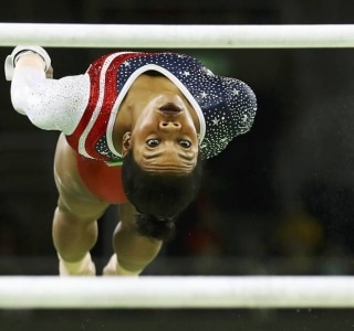 Mike Blake/Reuters