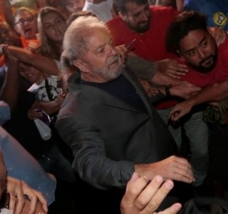 Leonardo Benassato/ Reuters