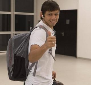 Romero passa de  jogador peladeiro  a bom de bola com a camisa do ... 07517848f98ea
