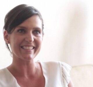 'Quem passa pelo câncer vê que foi o maior aprendizado', diz fundadora de projeto que doa lenços