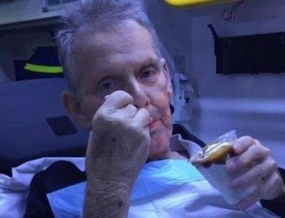Médicas dão sundae pedido por homem à beira da morte