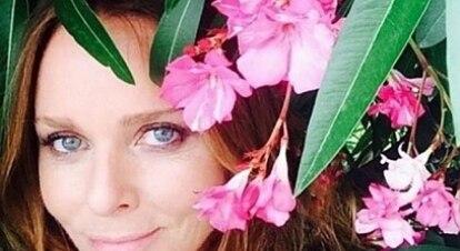 Estilista lança instituição dedicada à prevenção de câncer de mama