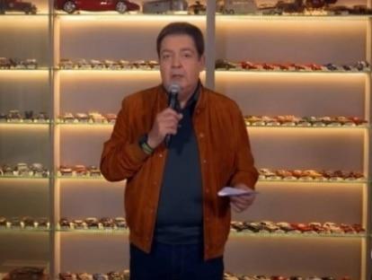 Fausto Silva mostra detalhes de coleção com mais de 1,5 mil carrinhos