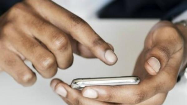 Pesquisa mostra que jovens veem smartphone como 'melhor amigo'