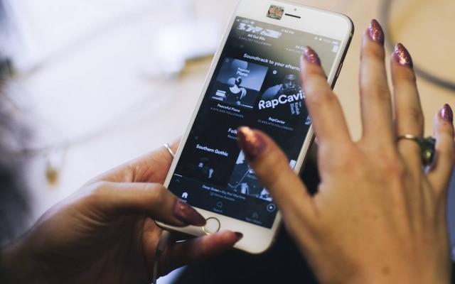 Apple acusa Spotify de querer faturarem cima do trabalho de terceiros