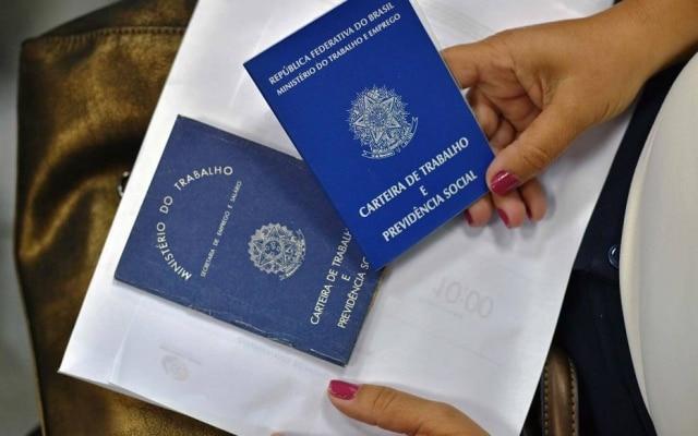 Segundo o IBGE, o País tinha 14,1 milhões de pessoas em busca de trabalho no trimestre encerrado em julho.