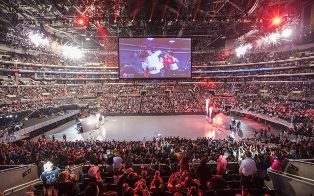 Competiçõesde League of Legends costumam reunirmilhares de espectadores