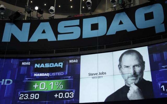 Steve Jobs recebe homenagem em painel da Nasdaq