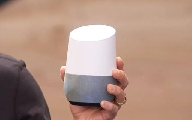 O Google Home, caixa de som inteligente, tem como seu principal 'motor' o Google Assistant, assistente pessoal do Google.