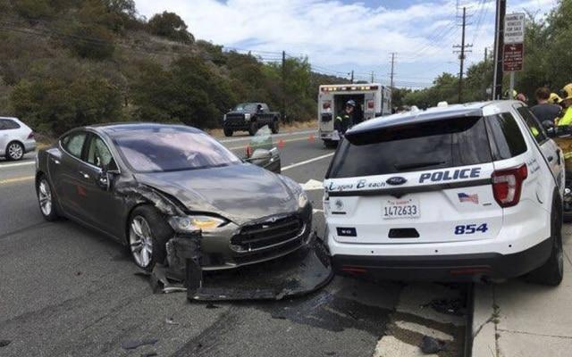 Nesta terça-feira, 29, um veículo da Tesla se envolveu em mais um acidente