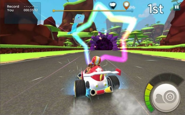 Disponível gratuitamente a partir desta semana para Android e iOS, Starlit On Wheels traz corridas de kart em alta velocidade