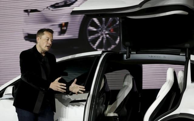 O presidente da Tesla, Elon Musk, durantea apresentação de um novo modelo de carro em Fremont, na Califórnia, em 29 de setembro de 2015