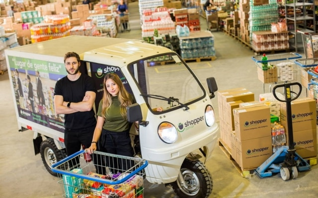 Fábio Blanco eBruna Vaz Negrão, fundadores da startup Shopper