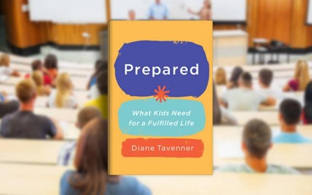 "Livro ""Prepared"", porDiane Tavenner"