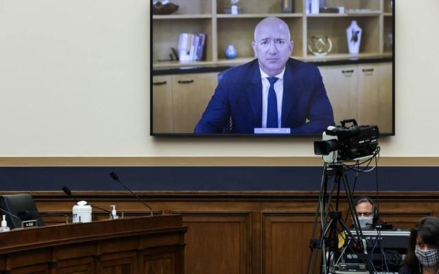 Jeff Bezos, presidente executivo da Amazon, participou de sessão no Congresso americano nesta quarta