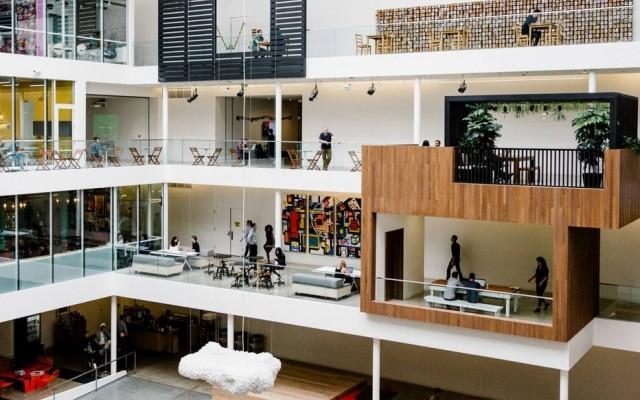 Interior da sede da Airbnb, onde os funcionáriossão incentivados a incorporar os valores essenciais da empresa, disseram ex-trabalhadores