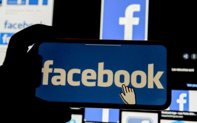Facebook comprou o Instagram e o WhatsApp e construiu um império da comunicação digital