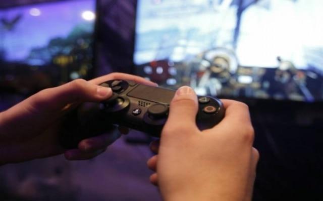 Empresa não confirmou se o PS4 Pro e o PSVR serão fabricados no País