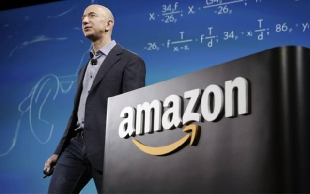 Jeff Bezos, o presidente executivo e fundador da Amazon, é hoje o homem mais rico do mundo