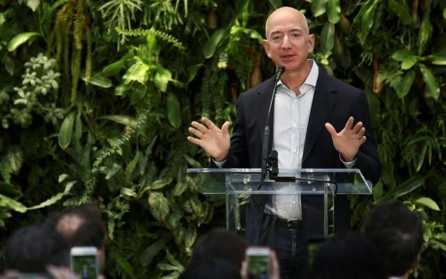 Jeff Bezos, criador da Amazon, lança fundo filatrópico para atender famílias e crianças carentes
