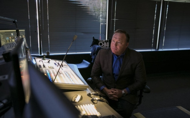Alex Jones, dono do site Infowars