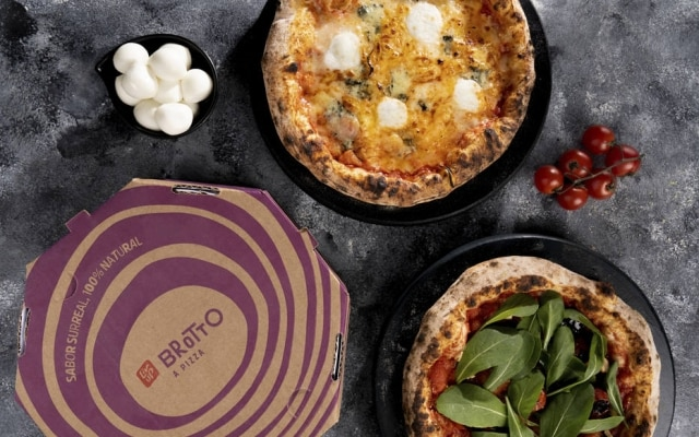 Os preços das pizzas da Brotto variam entre R$ 29,90 e R$ 44,90 e podem ser pedidas diretamente no app da Liv Up