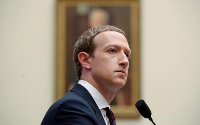 As plataformas sociais, como o Facebook de Mark Zuckerberg, servem ao sequestro de democracias as mais estáveis. Não há ponto de exclamação ou adjetivo que dê a ênfase necessária à gravidade do problema