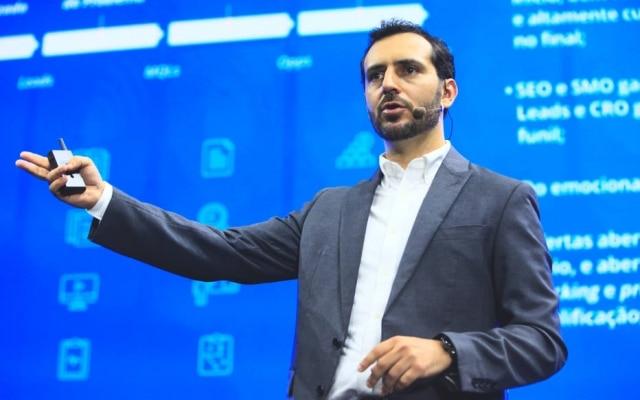 Eric Santos, CEO da startup Resultados Digitais