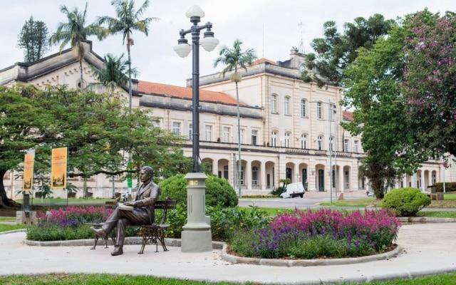 Escola Superior de Agricultura Luiz de Queiroz, fundada em 1901, é das principais escolas de ciências agrárias do mundo