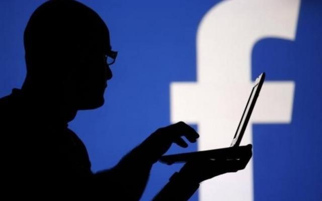 Usuários do Twitter reclamaram da queda do Facebook