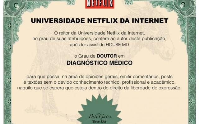 """Página """"Universidade da Internet"""" brinca com comportamento dos usuários das redes sociais"""