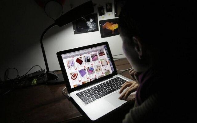 Brasileiros estão começando, aos poucos, a comprar novos tipos de itens pela web, como moda e decoração