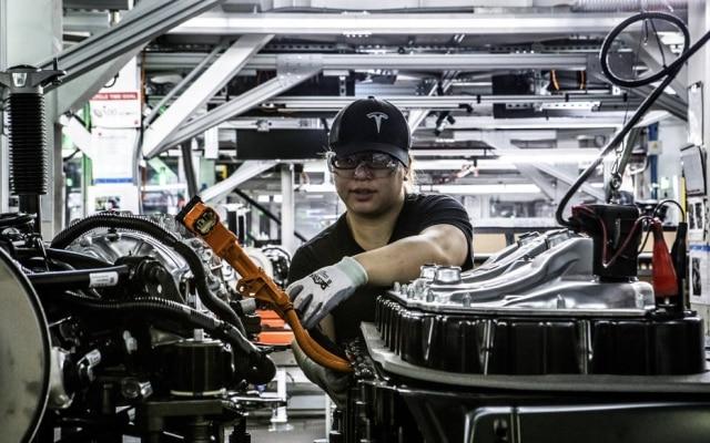 A produção de Model 3 da Tesla passou por vários problemas desde o início da fabricação