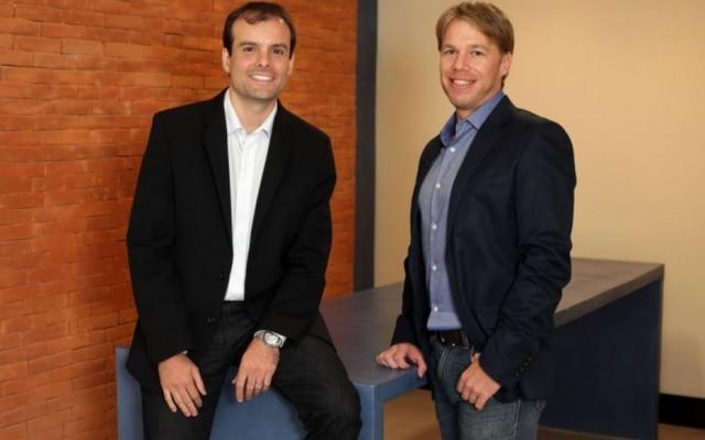 Domínio. Alvarez (E) e Gleason, do Guia Bolso: app de finanças tem 2 milhões de usuários